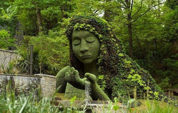 Зеленая скульптура своими руками